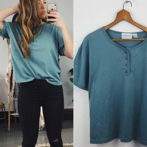 VINTAGE// Oversized Button Tee
